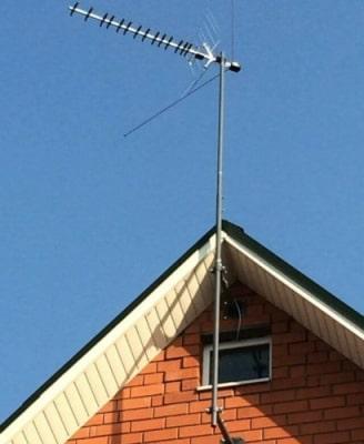 Кронштейны для антенн эфирных и спутниковых